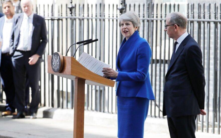 Theresa May sako atsisveikinimo kalbą