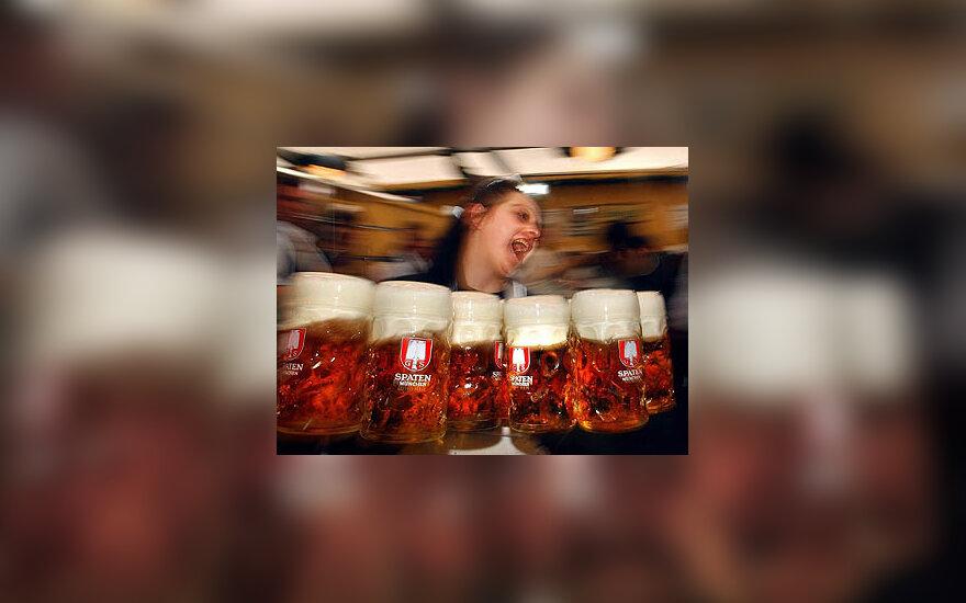 """Alaus šventė """"Oktoberfest"""" Vokietijoje"""