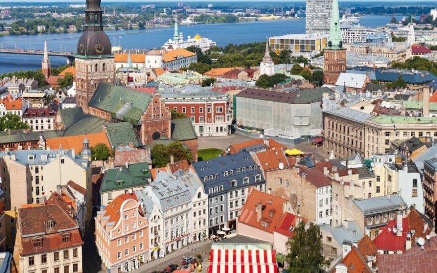 Aistruoliams atsigauti po belgiško niukso padeda Latvijos grožybės