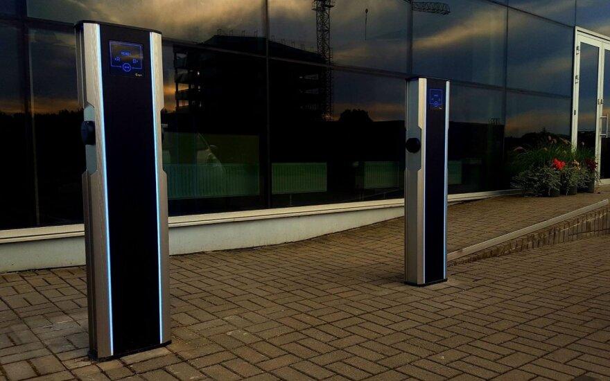 Elektromobilių įkrovos stotelės (asociatyvi nuotr.)
