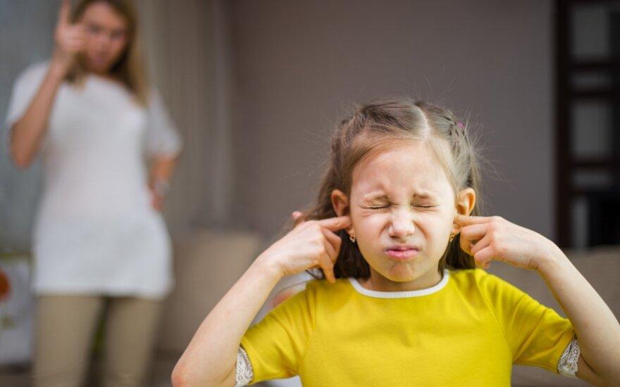 Bauginimai ir kitos tėvų klaidos