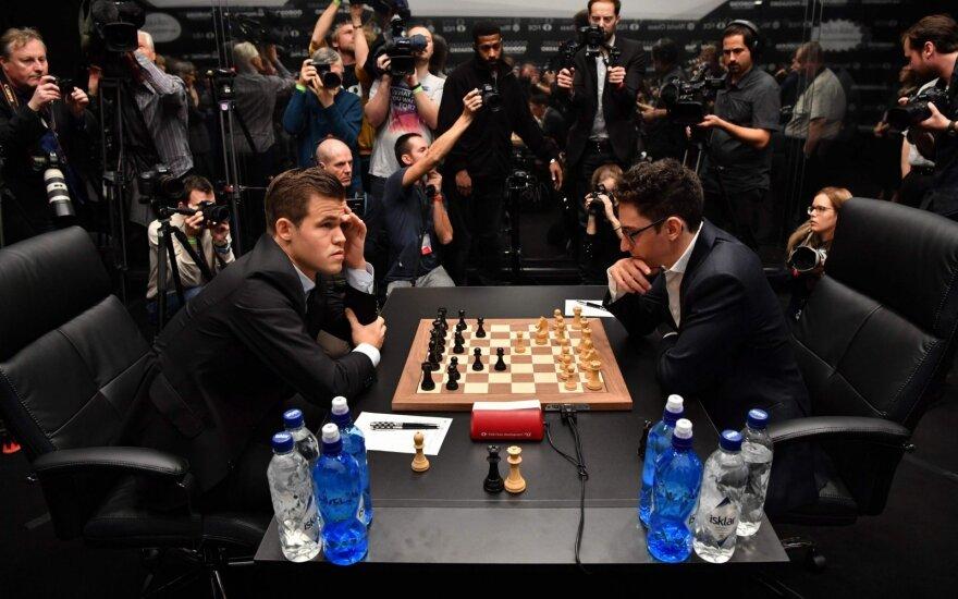 Magnusas Carlsenas ir Fabiano Caruana