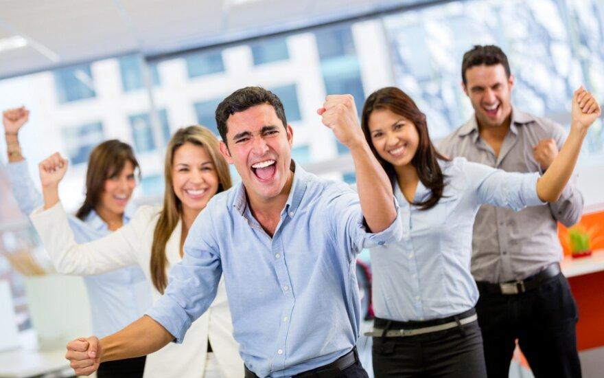 Kaip sutvirtinti ryšius kolektyve: įdomiausi įmonių ritualai