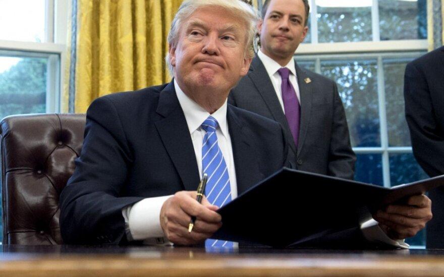 """Bloomberg"": Meksika ir JAV – ant prekybos karo slenksčio"