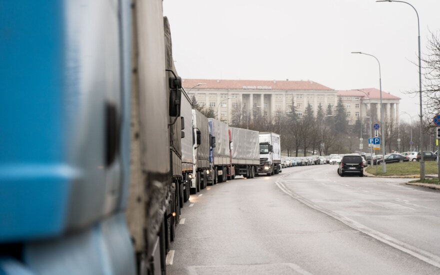 Lithuania and another 7 countries against EU proposal to return trucks every 8 weeks