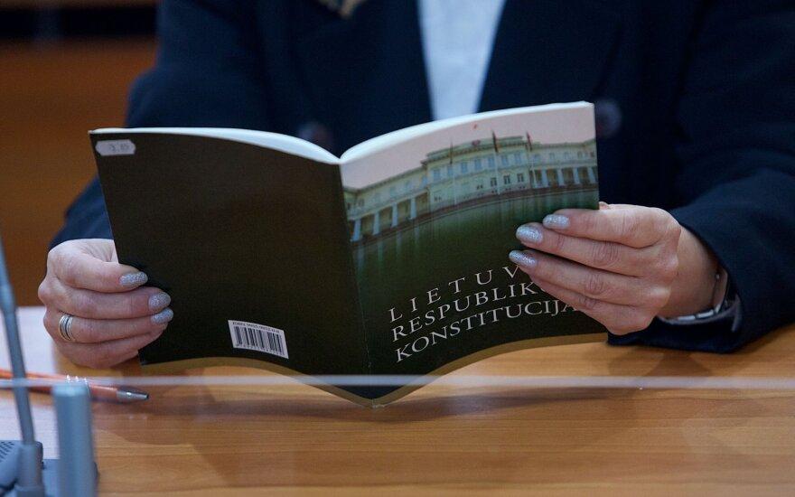 Lietuvoje devintą kartą laikomas Konstitucijos egzaminas