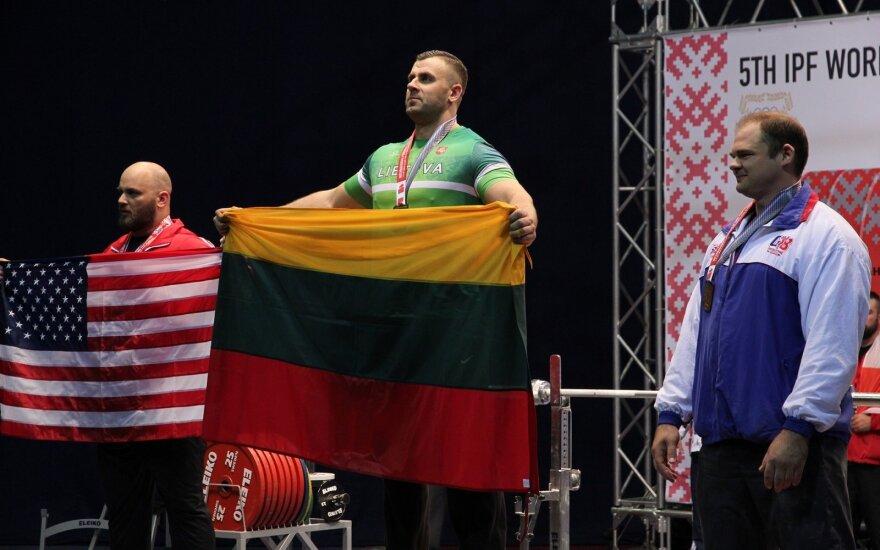 Amandas Paulauskas (Lietuvos jėgos trikovės federacijos nuotr.)