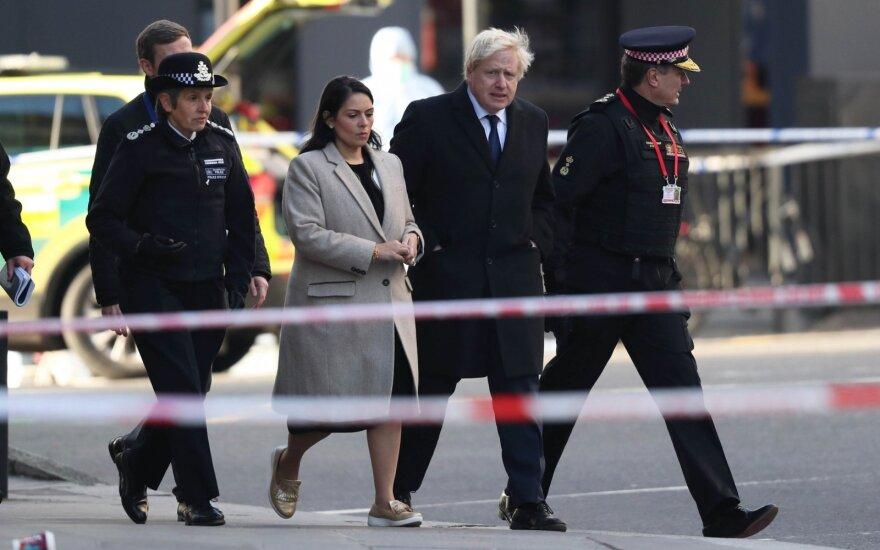 Borisas Johnsonas apsilankė Londono išpuolio vietoje
