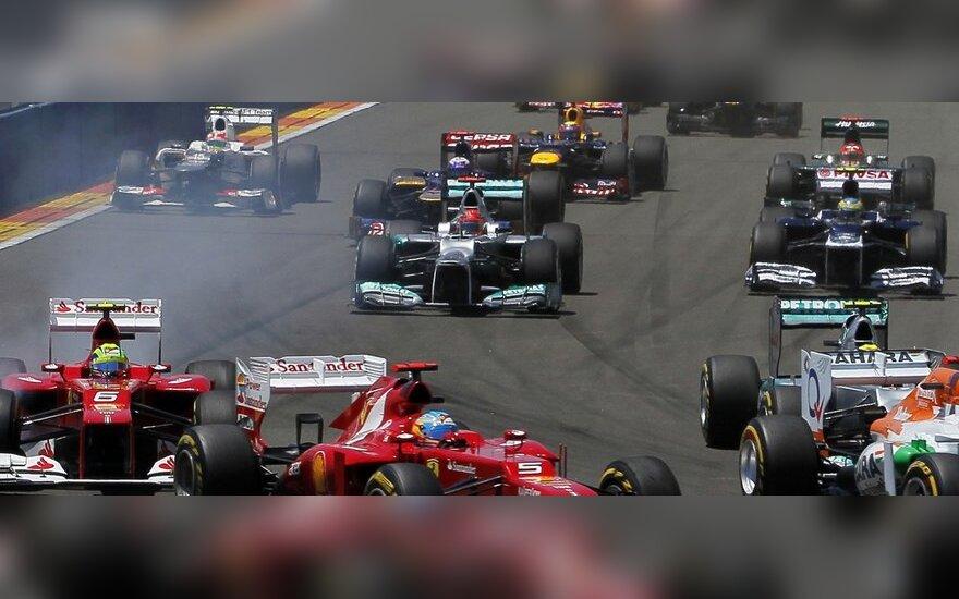 """""""Formulės-""""1 automobilių lenktynės"""