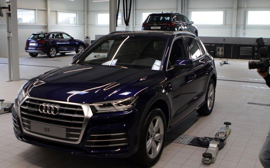 """""""Audi"""" superautomobiliai stovės Kaune"""