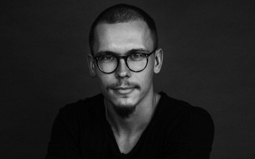 Menininkas, keliautojas Tomas Adomavičius
