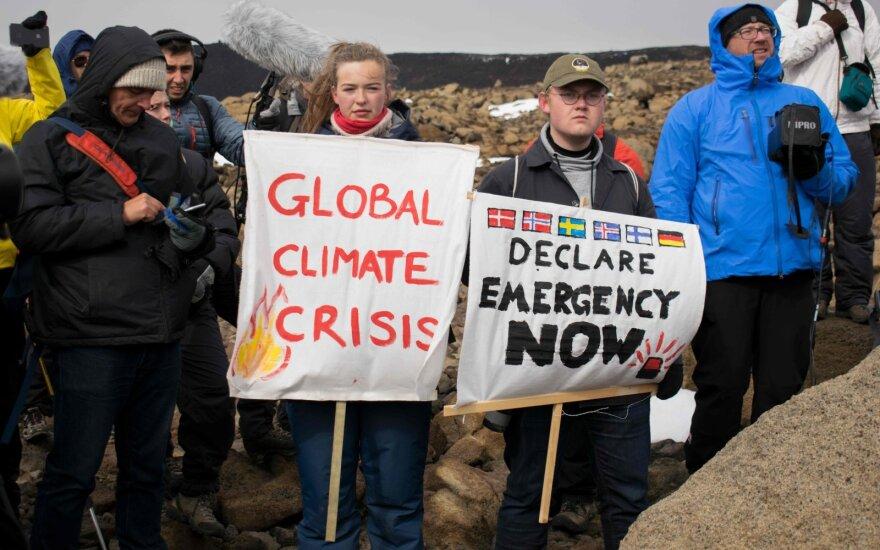 Islandijoje surengta ceremonija ledynui atminti