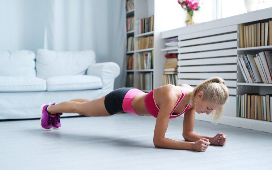 7 pratimai, akivaizdžiai pakeisiantys kūno linijas vos per 4 savaites