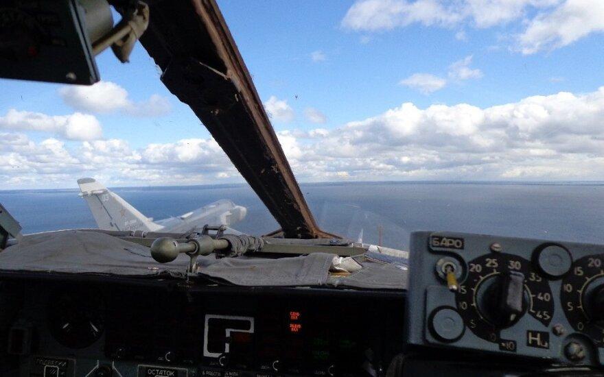 NATO naikintuvai penkis kartus lydėjo Rusijos orlaivius