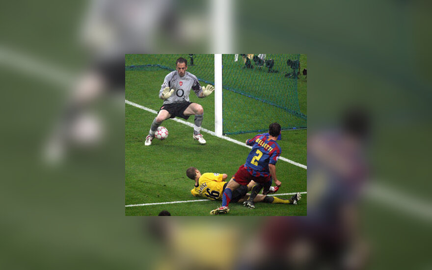 "Juliano Belletti (""FC Barcelona"") įvartis į ""Arsenal"" vartus"