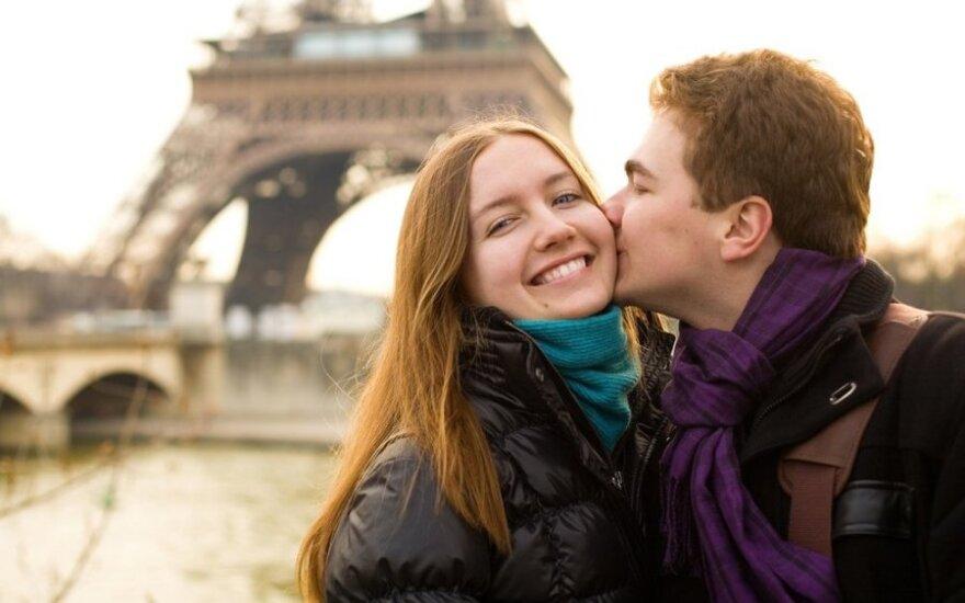 5 romantiškiausi miestai nepamirštamai Valentino dienos kelionei