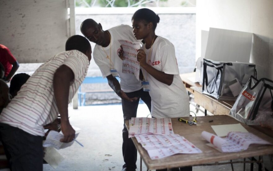Haitis džiaugiasi be neramumų praėjusiais rinkimais