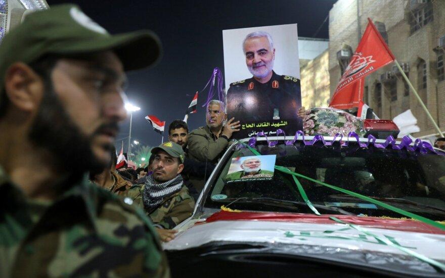Irake po Soleimani laidotuvių prie JAV ambasados nukrito raketa