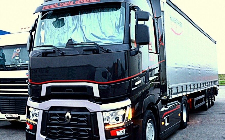 """Renault Trucks Range T High Sleeper Maxispace"""