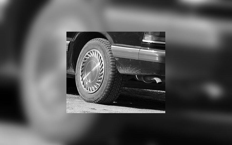 Automobilis, ratas