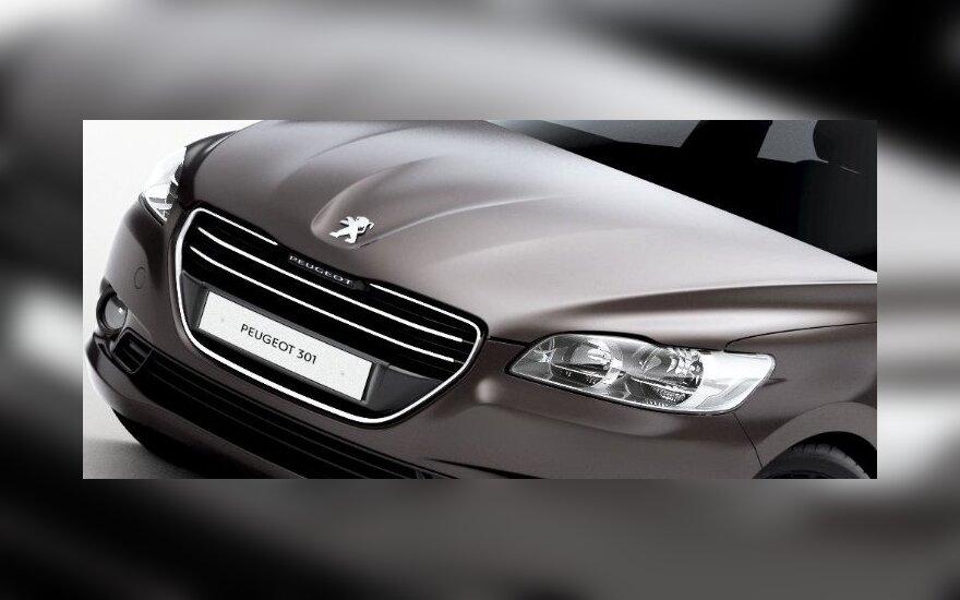 """""""Peugeot"""" atsikirto į Prancūzijos kritiką dėl darbuotojų atleidimo"""