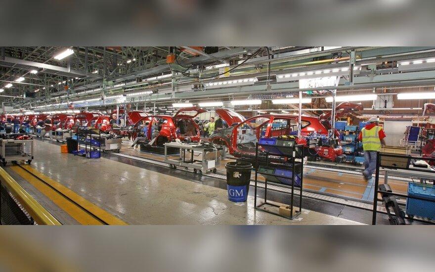Dėl žemės drebėjimo Japonijoje sustojo automobilių gamyba