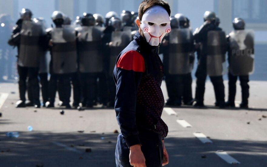 Albanijos opozicija surengė dar vieną mitingą, reikalauja pirmalaikių rinkimų