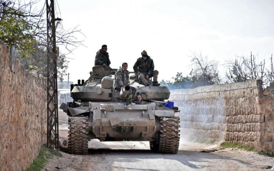 Assado pajėgos tęsia puolimą Idlibe