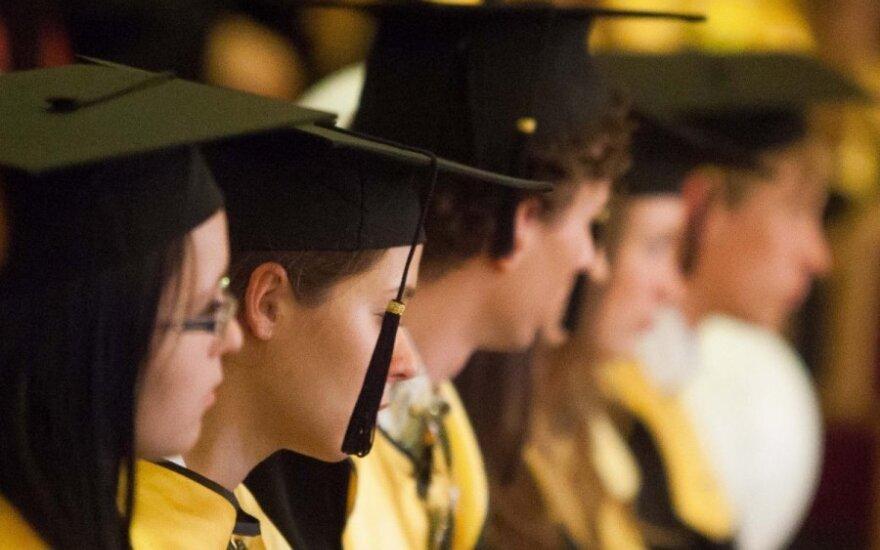 Baigei aukštąją mokyklą ir nerandi darbo? Pats kaltas, tinginy