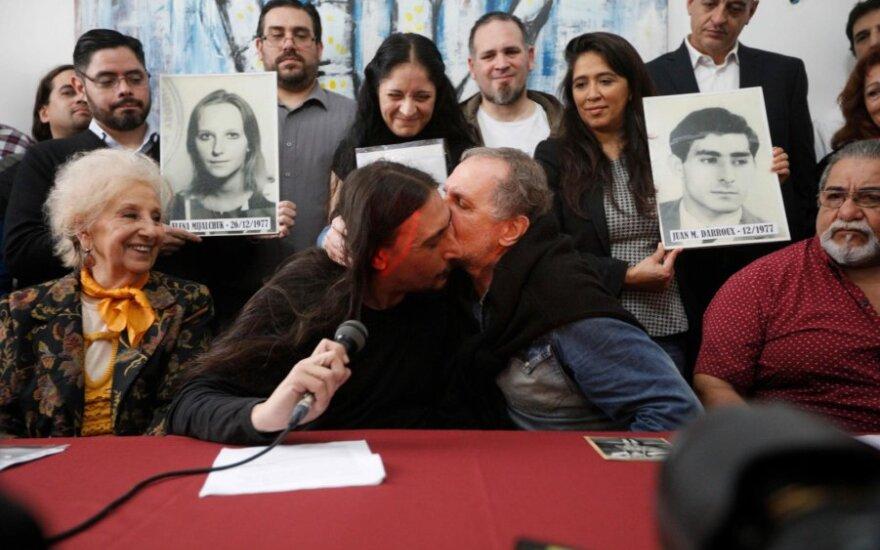 Javieras Darroux Michalčukas po 40 metų surado savo biologinę šeimą