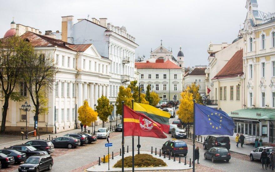 Lietuvai siūloma tapti šalimi – skolintoja
