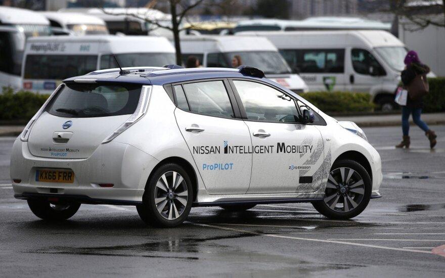 "Autonomiški ""Nissan"" jau bandomi ir Europos gatvėse"