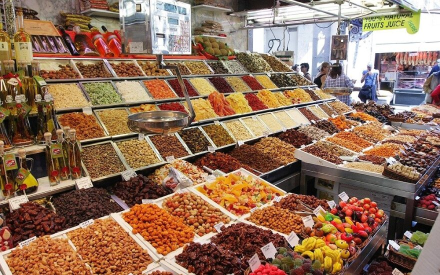 Maisto kainos pasaulyje kovą pakilo 0,7 proc.