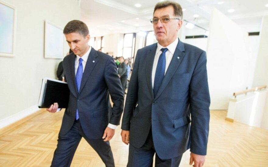Jaroslav Neverovič and Algirdas Butkevičius