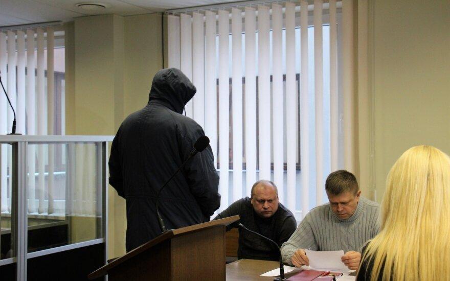 Prokuratūra apskundė išteisinamąjį nuosprendį sulaikytąjį kankinusiems pareigūnams