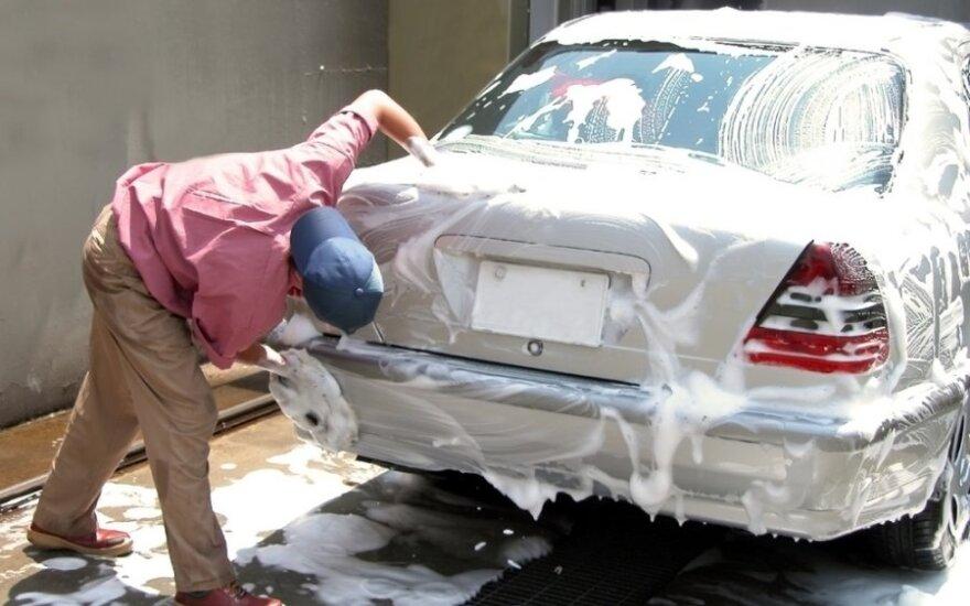 Automobilio plovimas