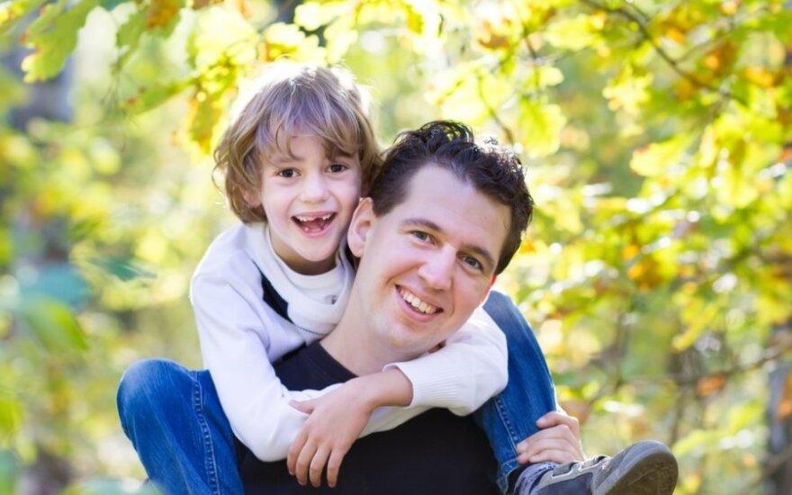 Kiek kartų reikia pagirti vaiką, kad jis taptų vertas pagyrimo?