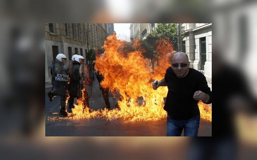 Graikijoje – ugningos aistros dėl finansų