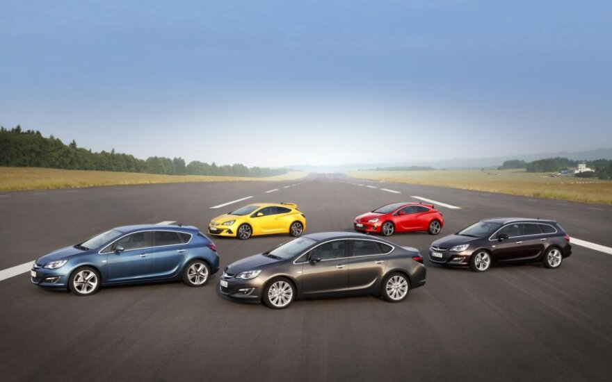 Opel Astra modelių gama