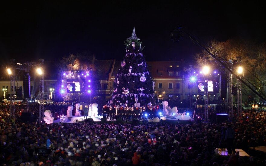 Kalėdų eglės įžiebimo šventę sugadino kauniečių pokalbis