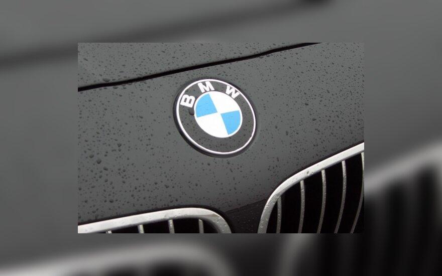 BMW nuostolį keičia pelnas
