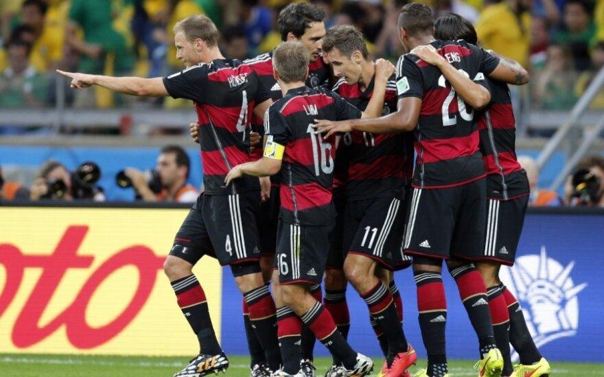 Vokietijos futbolininkai po triumfo pusfinalyje: mes dar nesame pasaulio čempionai