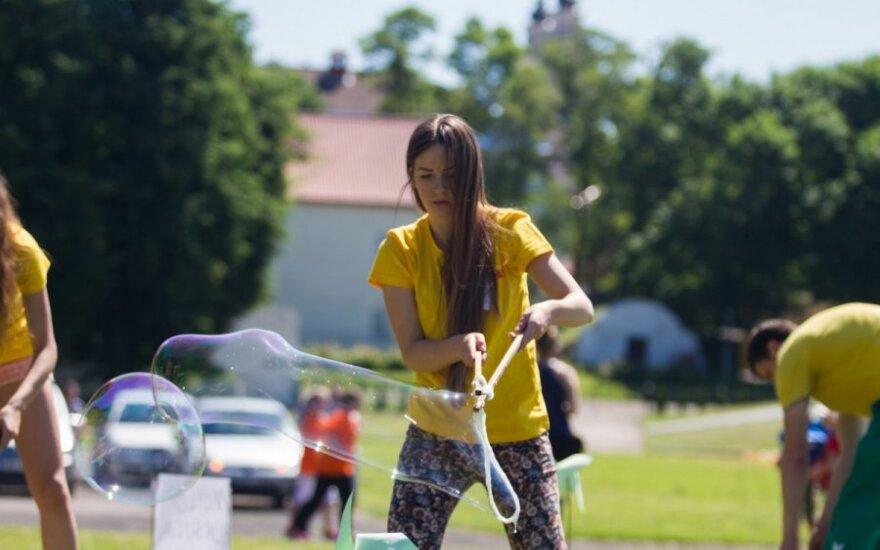 Kauniečiai susirinko rungtis bendruomenių varžybose ir linksmose rungtyse