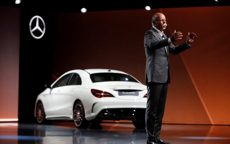 """""""Daimler AG"""" valdybos pirmininkas D. Zetsche pristato """"Mercedes-Benz"""" naujienas"""