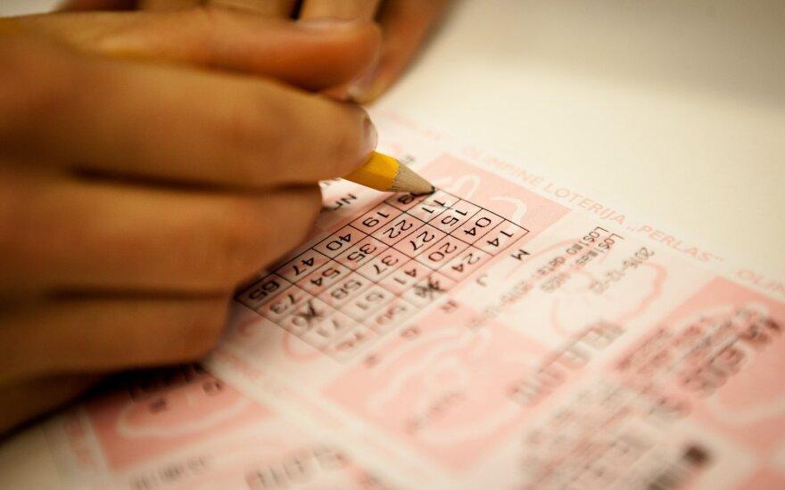 Seimui teiks siūlymus dėl amžiaus ribojimo dalyvaujant loterijose