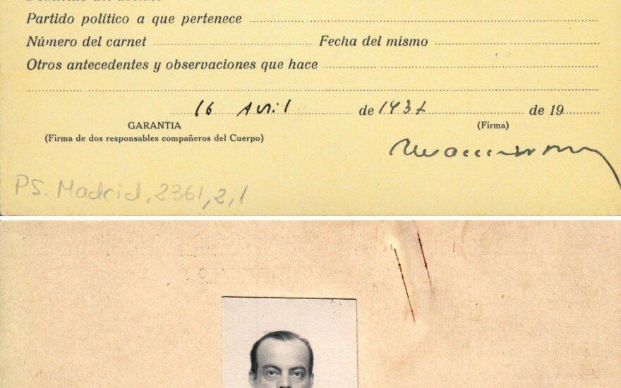 Ispanijoje aptiktas A. de Sent Egziuperi žurnalisto pažymėjimas