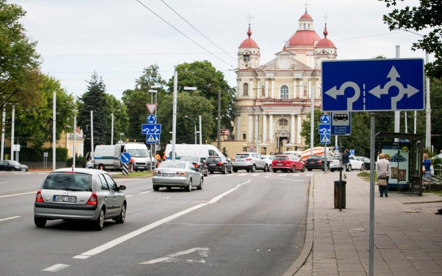 Vilniaus vairuotojas pasipiktino vaizdu gatvėse: eismo dalyviai nėra kvailiai