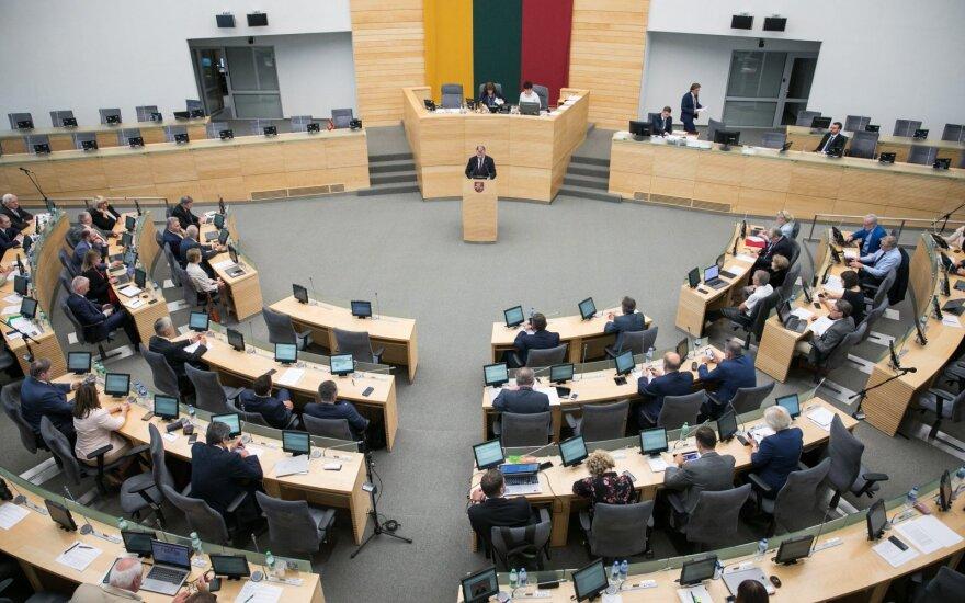 Baigiasi terminas pateikti parašus norintiesiems kandidatuoti į laisvas vietas Seime