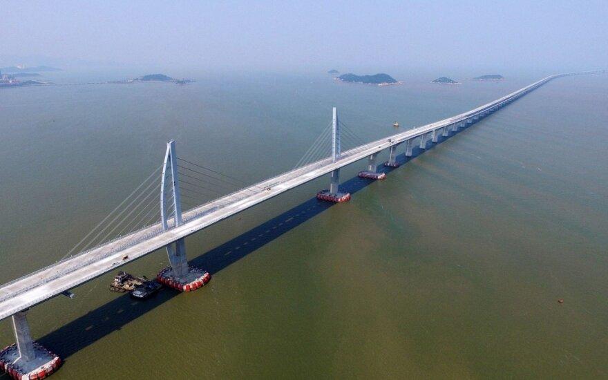 Ilgiausias pasaulio tiltas prišliejo Honkongą prie Kinijos