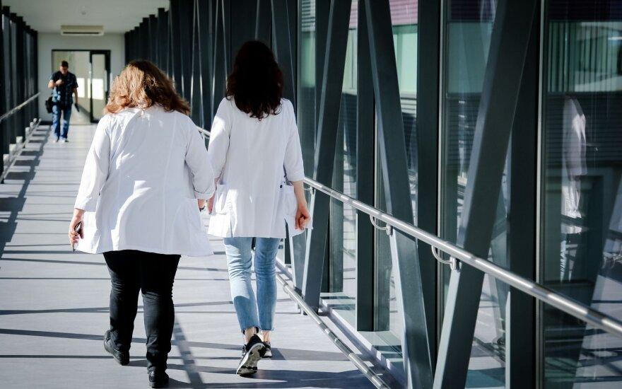 Dosnūs Verygos pažadai bliūkšta: nesulaukę didesnių algų medikai žada imtis veiksmų